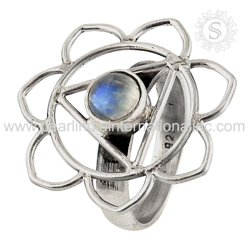 captivating Rainbow Moonstone Ring 925 Sterling Silver Jewelry Wholesale Indian Gemstone Silver Jewellery Supplier