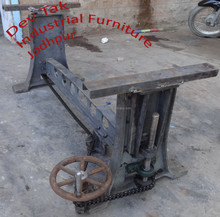 Industrial Crank Chain Table Base