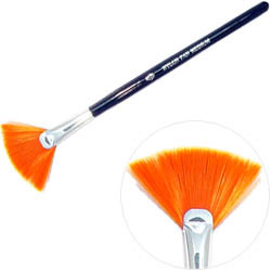 Nylon Fan Brush (Medium)