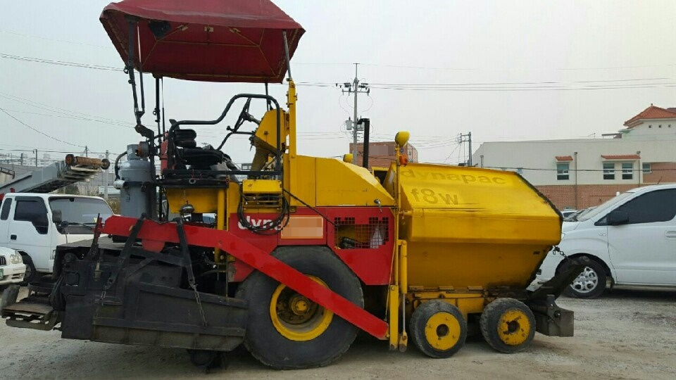 [ Winwin Used Machinery ] Used Asphalt Finisher Dynapac F8W 2-4m 1999yr For sale