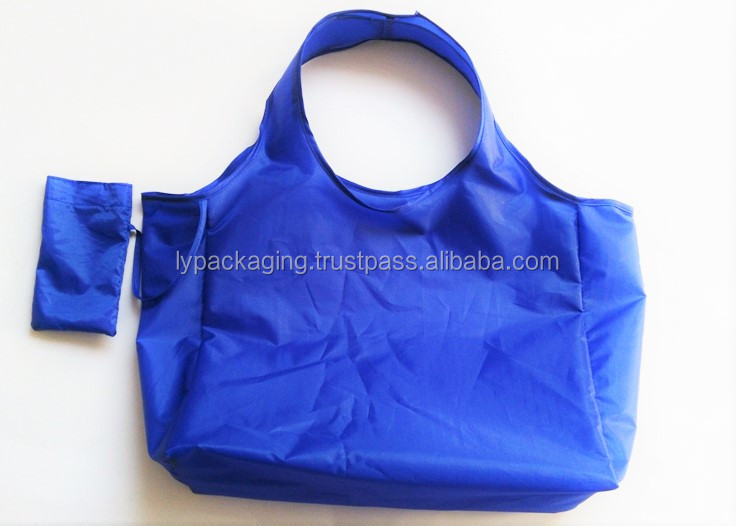 FOLDED POLYESTER BAG WITH SMALL POCKET