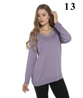 Merino wool lady lilac color crystal design Sweater