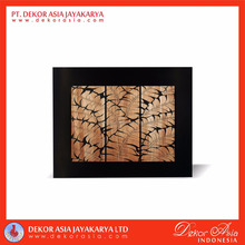 Wood carved of leaves wall decoration