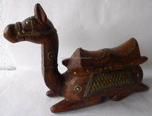 Decorative Indian Handicraft Sitting Camel Statue - Antique Decoration Camel Figure With Old Metal Work