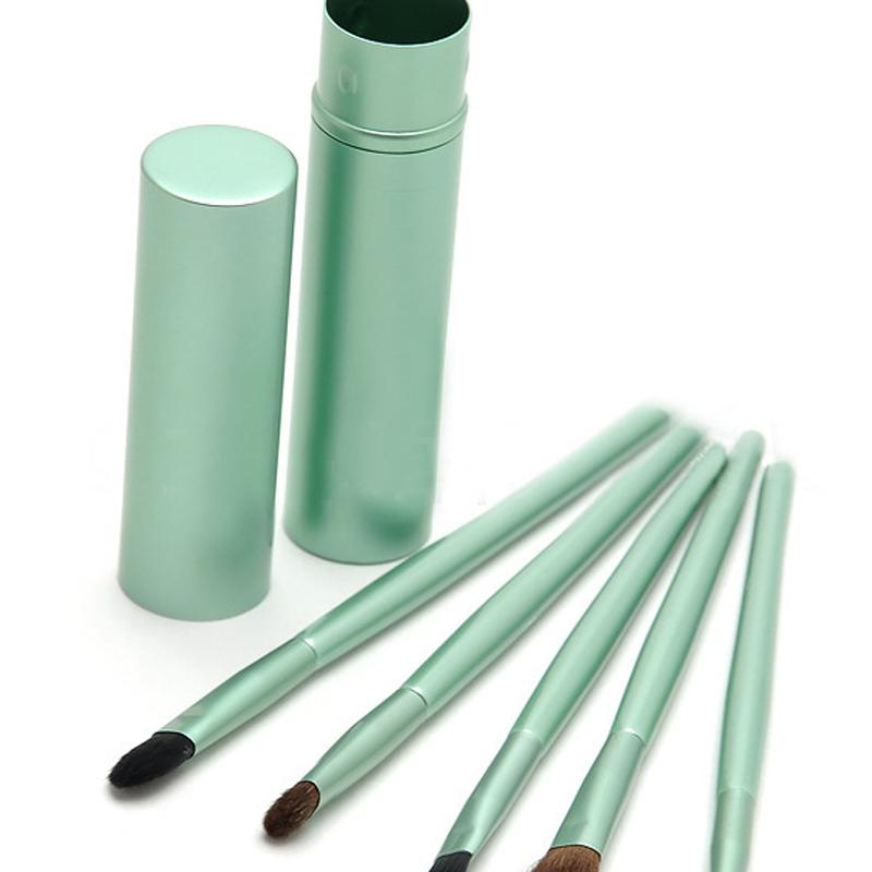portable makeup brush
