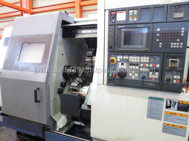 Reliable second hand CNC lathe machine , cutting tools also available