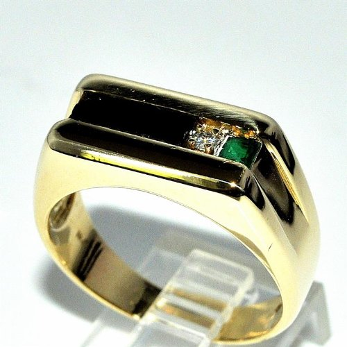 Real Diamond And Emerald Mens Ring