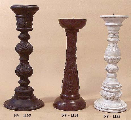 WOODEN CANDLESTICK HOLDER