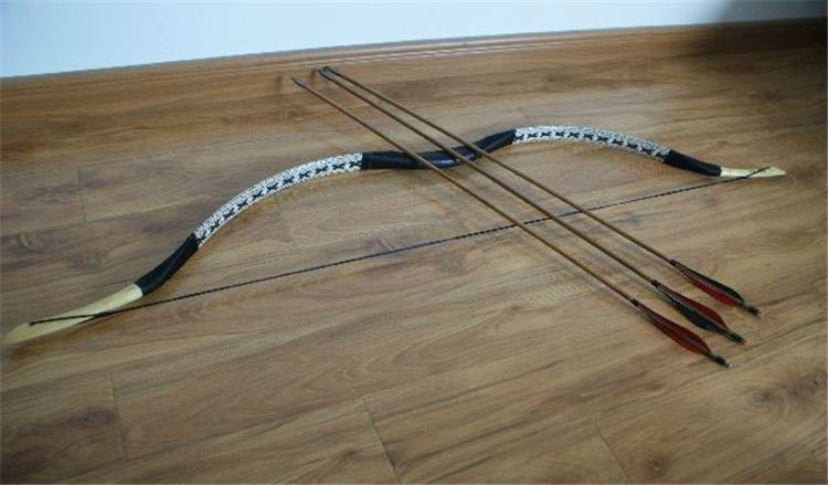 H 1 Snake Skin Wooden Bow And Arrow Set With Cowhide