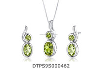 Gemstone Silver Plated Pendant Set With Green Emerald