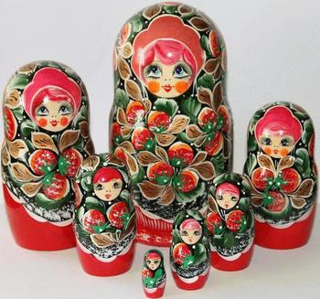 Strawberries Matryoshka Dolls with Traditional Painting Matryoshka Nesting Dolls For Sale Russian Dolls Price Top Kids Set 7pc
