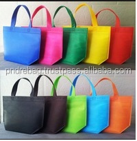 Colored non woven tote bags