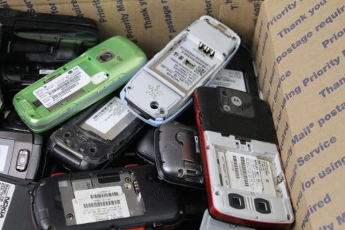 Mobile /Cell Phones Without Batteries scrap