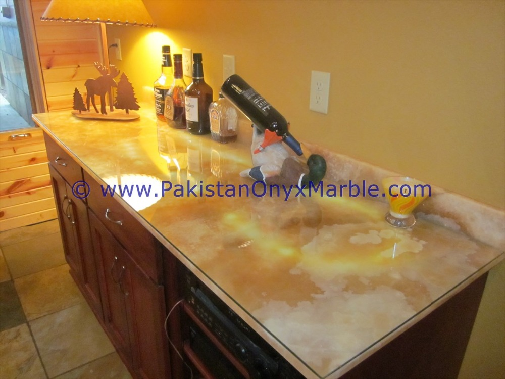 Pakistan Best Price BACKLIT ONYX TABLES DINNG TABLE COFFEE TABLES