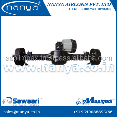 rear axle with motor for rickshaw