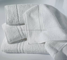 Cheap Promotional Wholesale Hotel Bath Towel 100% Cotton