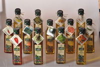 %100 Extra Virgin Top Quality Aromatic Olive Oil by LALELI (Produced in West TURKEY) (0.25 ml Glass Bottle )