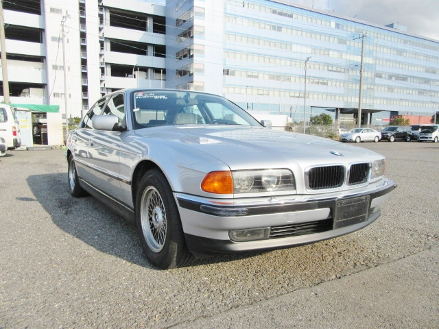 Reliable and Exellent condition used bmw 7 series for sale for family use