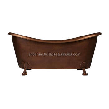 Elegant Copper Bathtub with Solid Clawfeet Design
