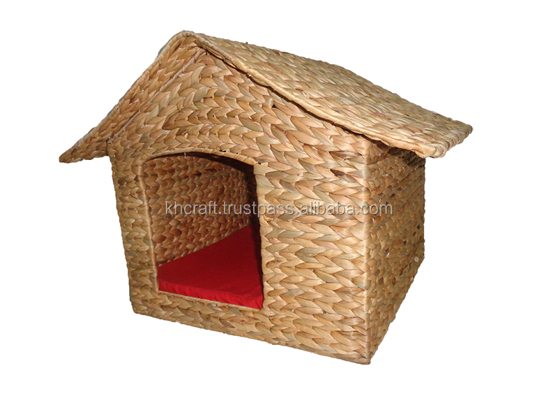 Big sale in Chirsmast - Best shape water haycinth pet house - Good decor for house