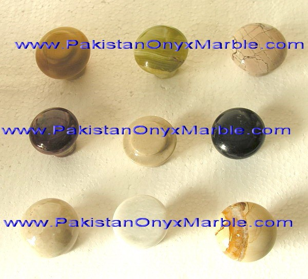 GOOD QUALITY PAKISTAN FACTORY MADE CUSTOM DESIGN AND SIZE ONYX KNOBS AND PULLS COLLECTION