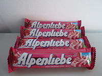 Alpenliebe Candy Strawberry and Cream (512g - 16 Rolls) / Wholesale candy / sweet candy / Confectionery