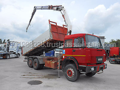 USED TRUCKS - IVECO 190.30 6X2 TIPPER WITH MOUNTED CRANE (LHD 4070)