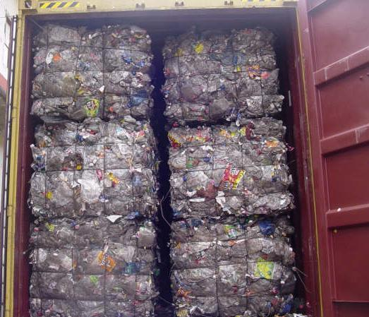 Recycled PET bottle scrap