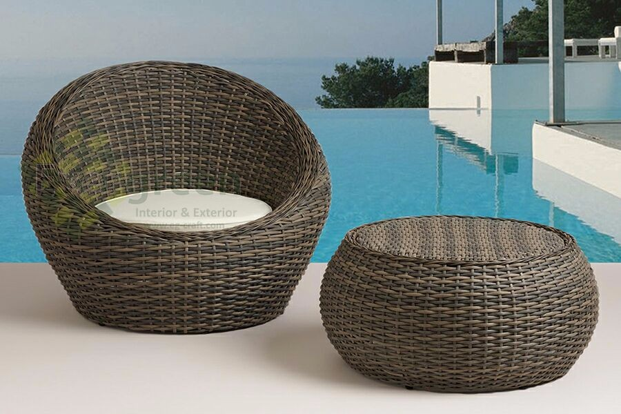 Wicker Cocoon chair and round table