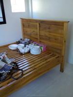 king size bed ( molave )