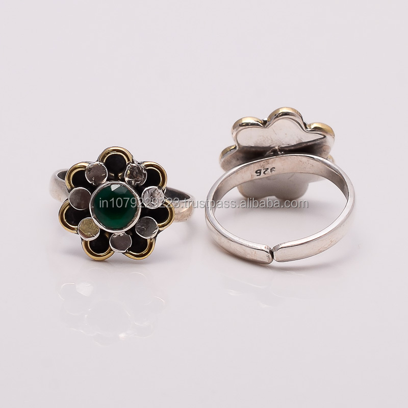 BEZEL CLASS BEAUTY!! EMERALD TOE RING ,925 sterling silver jewelry wholesale,SILVER JEWELRY FROM INDIA