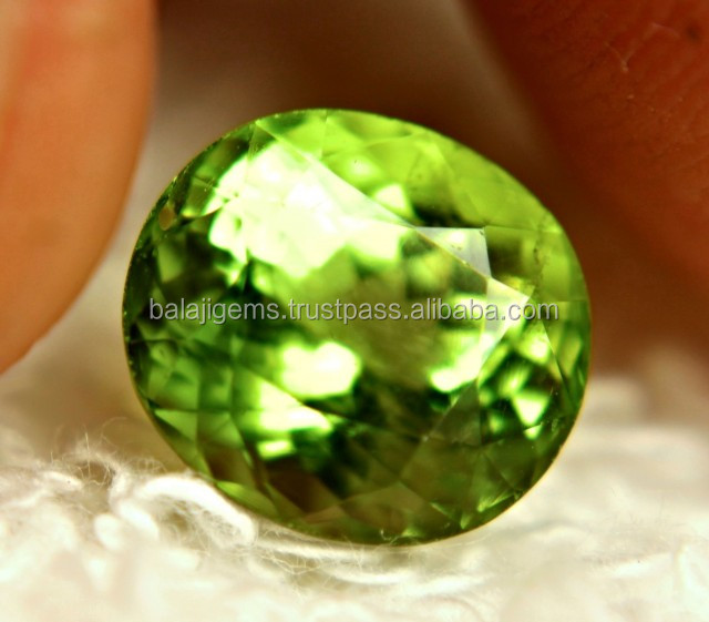 Oval Faceted green natural peridot loose gemstone wholesale semi precious stone chips for sale