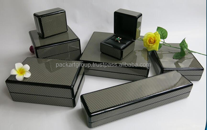 high grade jewelry box with carbon fiber in high gloss finish for necklace , ring ,watch and bracelet