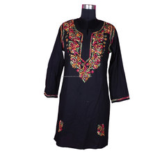 DRL 003 Chickenkari Long Kurti Morden Long Kurti DRL003 Lakhnavi New Long Kurti Designs Wholesale Kurta