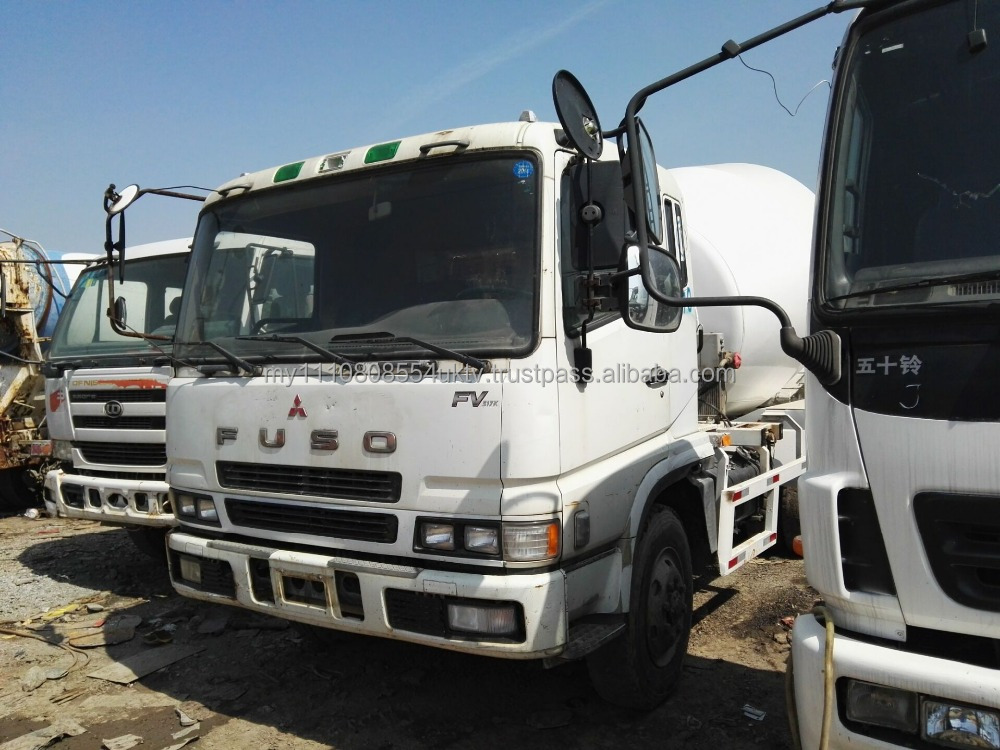 Cheap Mitsubishi Fuso used concrete mixer truck hot sale,6d24 engine