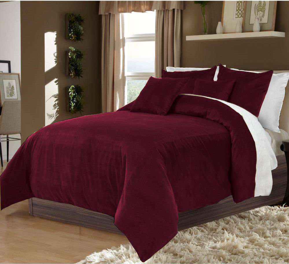 High standard and high quality 5 Pcs Wine & White Color Reversible Velvet, Twin XL US Size Duvet Cover Set at Best Price
