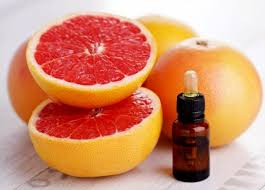 Pure and Natural Grape Fruit Essential Oil Citrus Paradisi with high quality