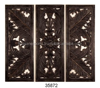 Ultimate Innovation of Carved Wooden Wall Plaque