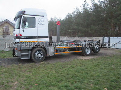USED TRUCKS - ACTROS 2540 ROLL OFF TIPPER (LHD 8631)