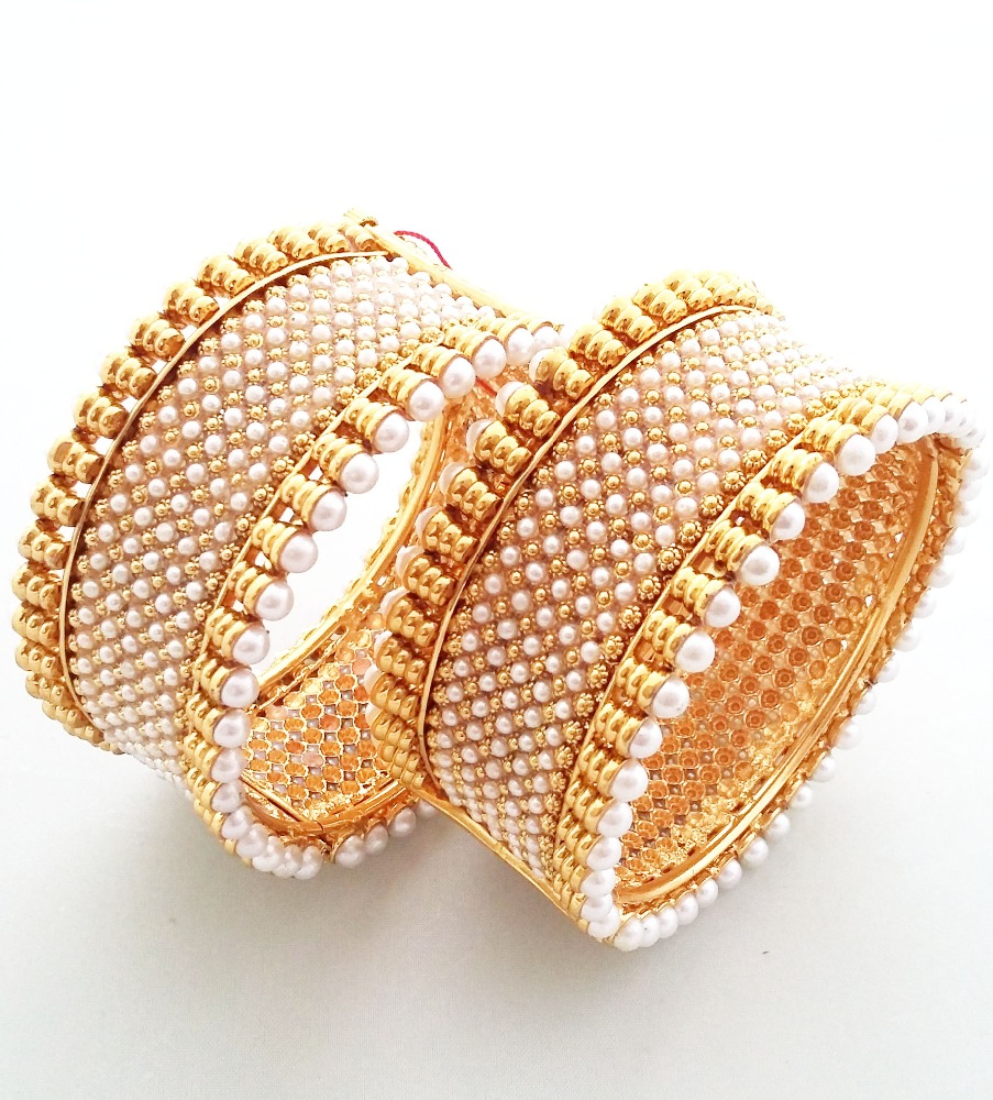 New Fashionable Women Wear Imitation Jewelry Bangle size 2*4