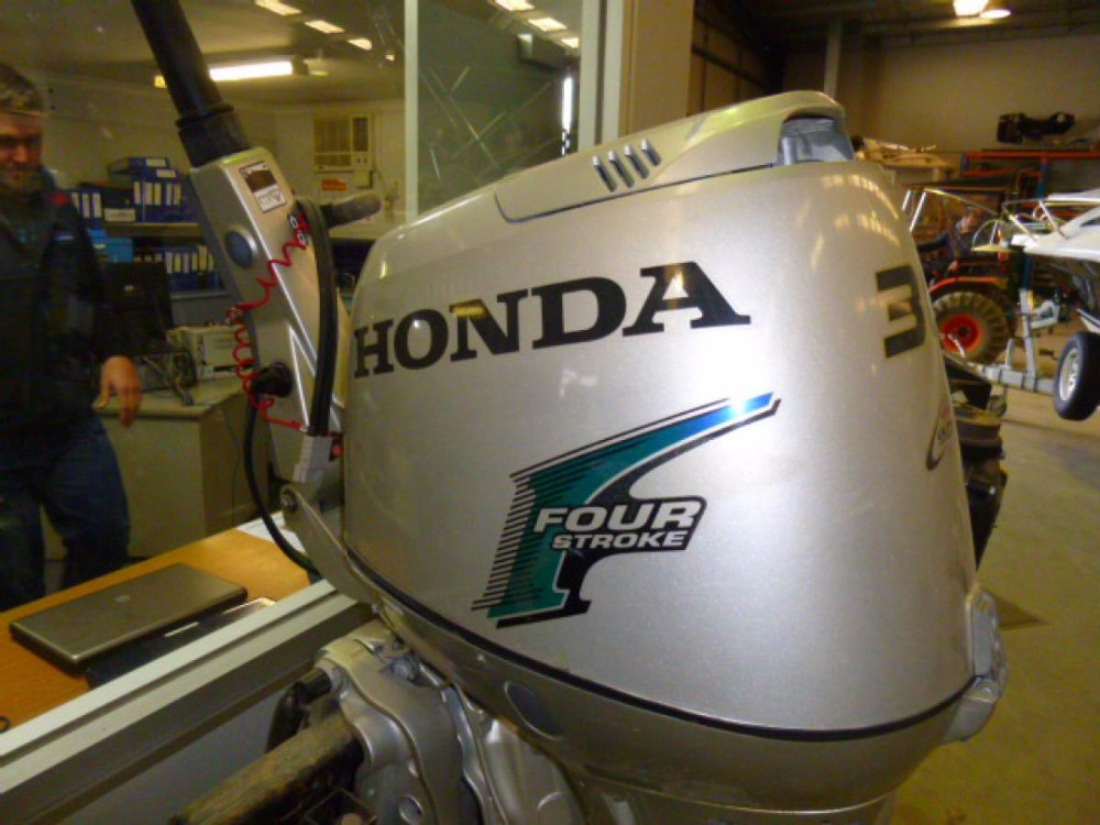 Used Honda 30 HP 4-Stroke Outboard Motor Engine