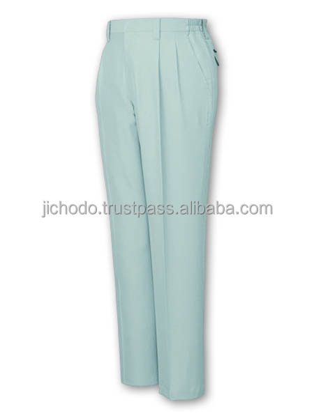 Double pleated pants, made with antistatic and Low dust fabric ( recycled material ) for spring and summer. Made by Japan