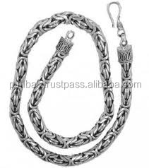 Cheap borobudur or byzantine type of chain bracelet