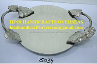 Aluminium Round Serving Tray With Leaf Design Handle 36x27