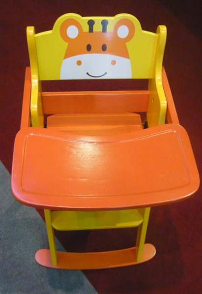 Wooden high sitting baby chair