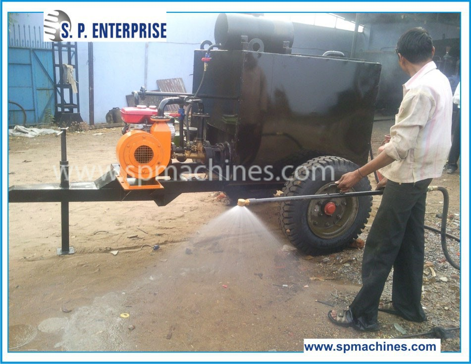 Small Bitumen Emulsion Sprayer, 600 - 2500 ltrs.