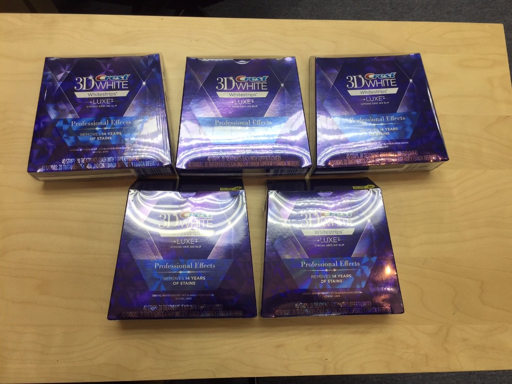 Crest 3d white luxe whitestrips professional effects 40strips 20 treatments *WHOLESALES*