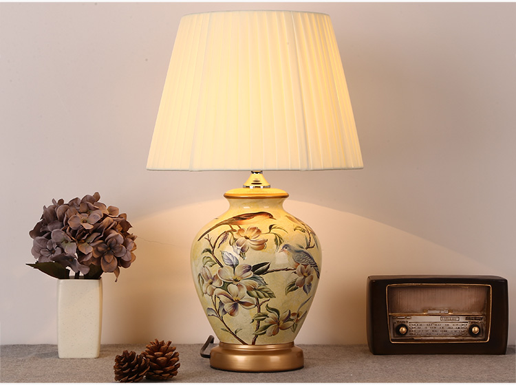 38265486140 Ceramic table lamp bedside lamp