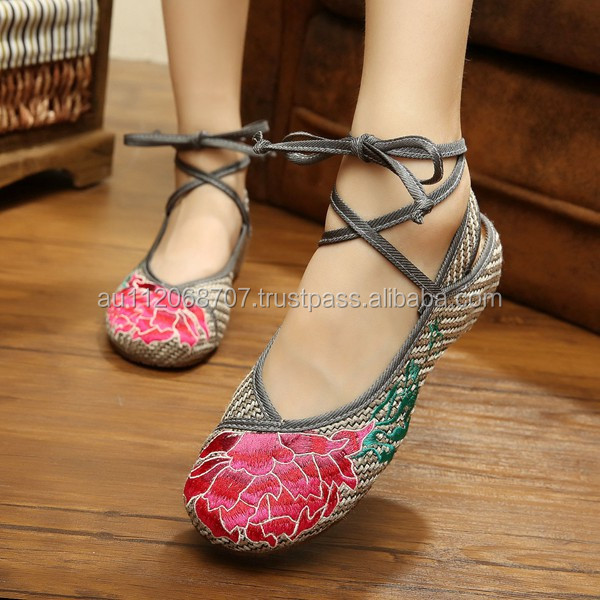 Women's Shoes Old Peking Flower Embroidered Lace Up Linen Cotton Cloth Walking Flat Shoes Oxford Sole