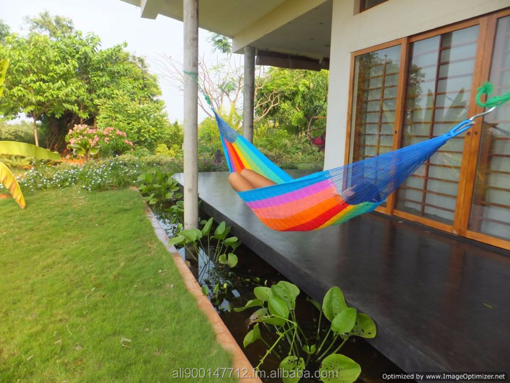 MEXICAN SLEEPING HAMMOCK